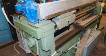 Cross moulder Bulleri