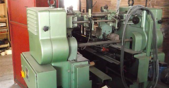 Mašina za drške gajbi